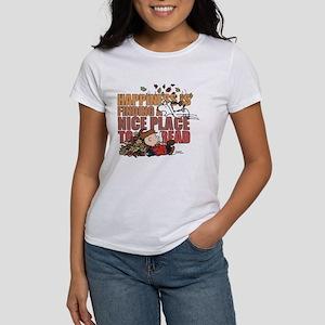 Peanuts Fall Reading Women's T-Shirt