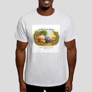 Perla del Mar Cigar Ad Light T-Shirt