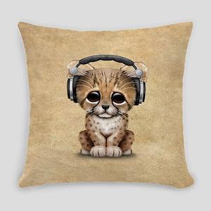 Cute Cheetah Cub Dj Wearing Headphones Everyday Pi