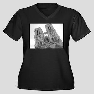 notre dame Women's Plus Size V-Neck Dark T-Shirt