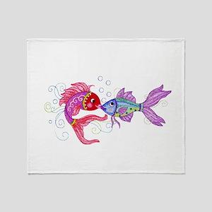 Fish romance Throw Blanket
