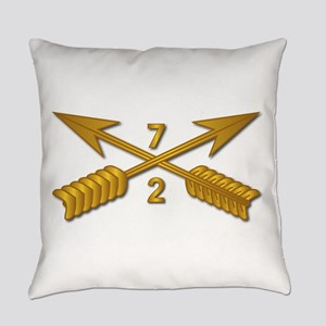 2nd Bn 7th SFG Branch wo Txt Everyday Pillow