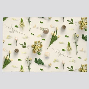 Scattered Flowers Yellow 4' x 6' Rug