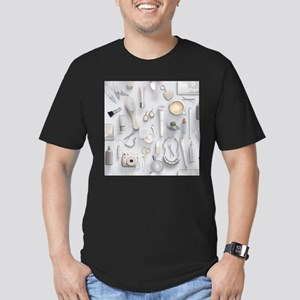 White Vanity Table Men's Fitted T-Shirt (dark)