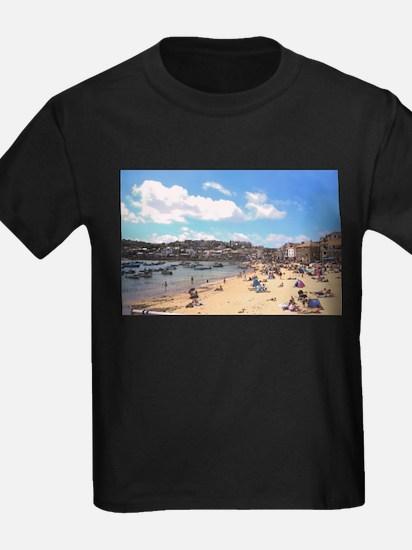 British Beach scene illustration, St Ives, T-Shirt