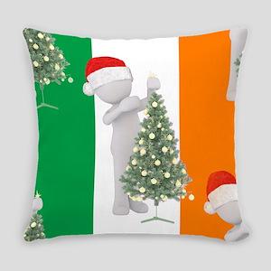 irish christmas Everyday Pillow