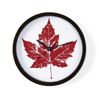 Cool Maple Leaf Souvenirs Canada Wall Clock