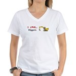 I Love Diggers Women's V-Neck T-Shirt