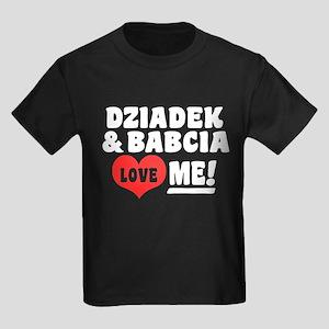 Dziadek and Babcia Love Me Kids Dark T-Shirt