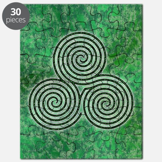 Green Celtic Spiral Triskellion Labyrinth Puzzle