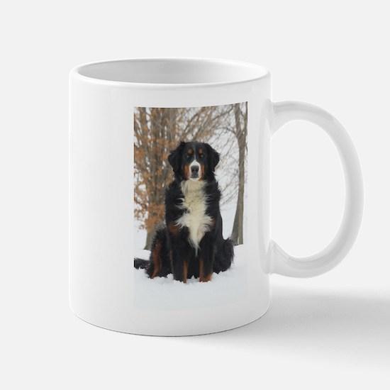 Berner in Snow Mugs