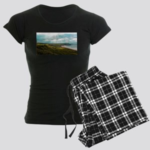 Sunshine in Ireland Women's Dark Pajamas