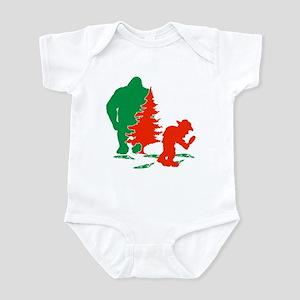 Bigfoot seeker Infant Bodysuit