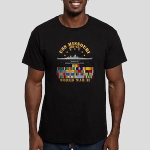 USS Missouri - WWII w Men's Fitted T-Shirt (dark)