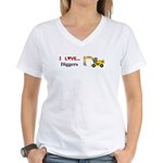 I Love Diggers Women's V-Neck T-Shirt