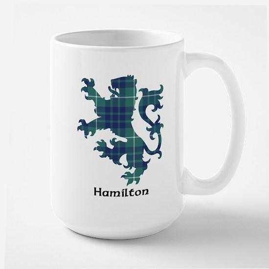 Lion-Hamilton hunting Large Mug