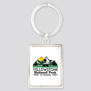 YELLOWSTONE NATIONAL PARK WYOMING MOUNTA Keychains