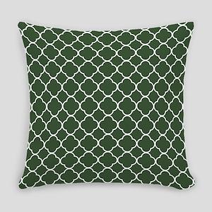 Green, Pine: Quatrefoil Clover Pat Everyday Pillow