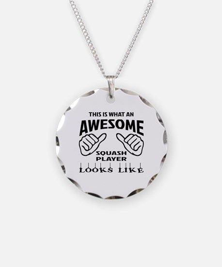 This is what an awesome Squa Necklace