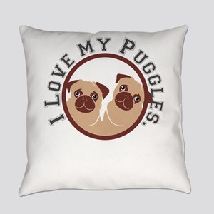 i love my puggles Everyday Pillow