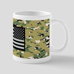 Camouflage: Woodland IV & U.S. Flag (NW Mug
