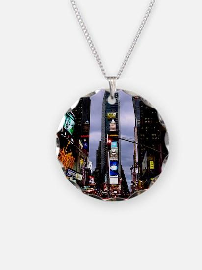 New York Souvenir Times Squa Necklace