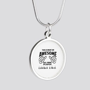 This is what an awesome Bull Silver Round Necklace