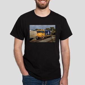 Train locomotive engine, blue & yellow T-Shirt