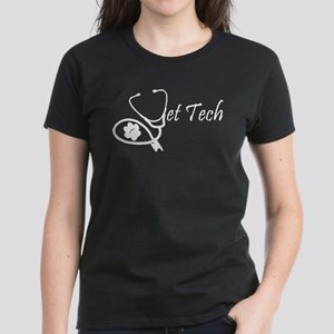 vettech stethoscope white T-Shirt