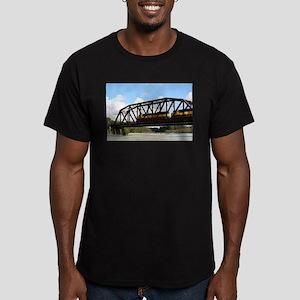 Alaska Railroad locomotive engine & bridge T-Shirt