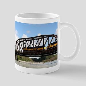Alaska Railroad locomotive engine & bridge, A Mugs