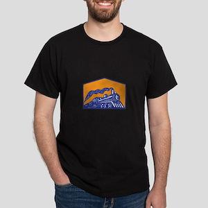 Steam Locomotive Train Coming Crest Retro T-Shirt