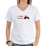 I Love Red Tractors Women's V-Neck T-Shirt