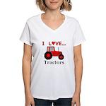 I Love Red Tractors Women's V-Neck T-Shirt