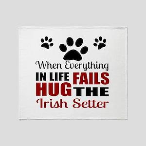 Hug The Irish Setter Throw Blanket