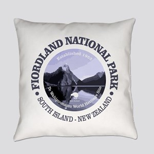 Fiordland NP Everyday Pillow