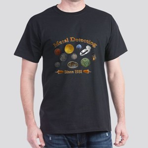 metal detecting two sided prin T-Shirt