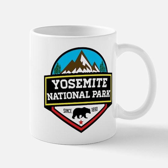 YOSEMITE NATIONAL PARK CALIFORNIA BEAR MOUNTA Mugs