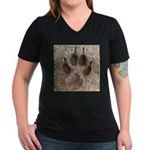 Coyote Track Women's V-Neck Dark T-Shirt