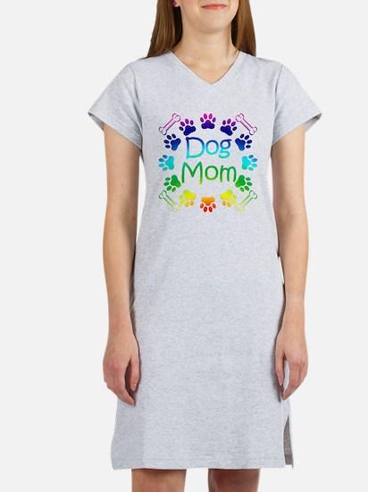 """""""Dog Mom"""" T-Shirt"""
