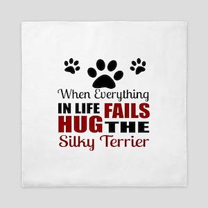 Hug The Silky Terrier Queen Duvet