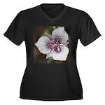 Cat's Eat Flower Plus Size T-Shirt