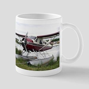 Float plane, Lake Hood, Anchorage, Alaska, US Mugs