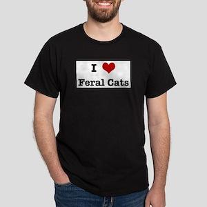 I love Feral Cats T-Shirt