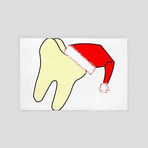 Santa Cap Tooth 4' x 6' Rug