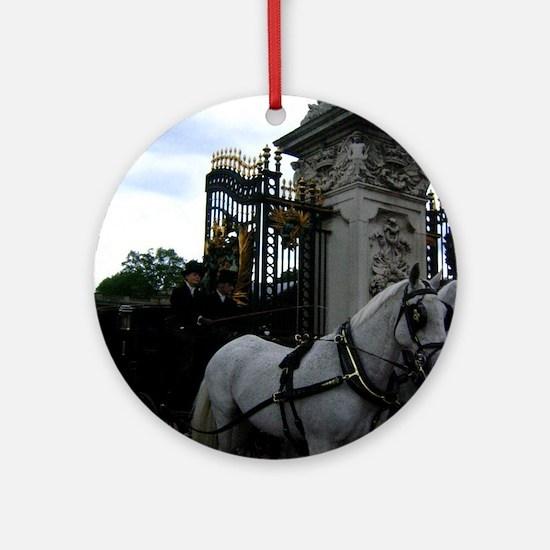 Buckingham Palace Ornament (Round)