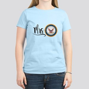Mrs. Navy Women's Light T-Shirt