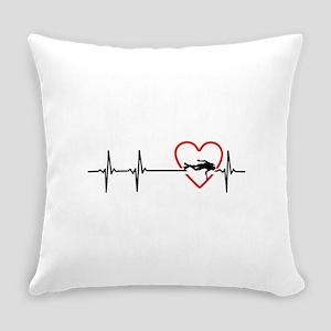 i love scuba diving Everyday Pillow