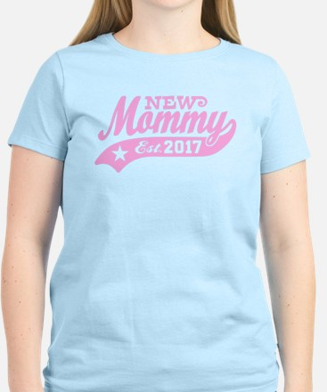 New Mommy Est. 2017 T-Shirt