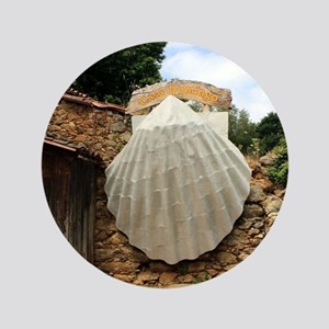 Giant scallop shell, El Camino Button